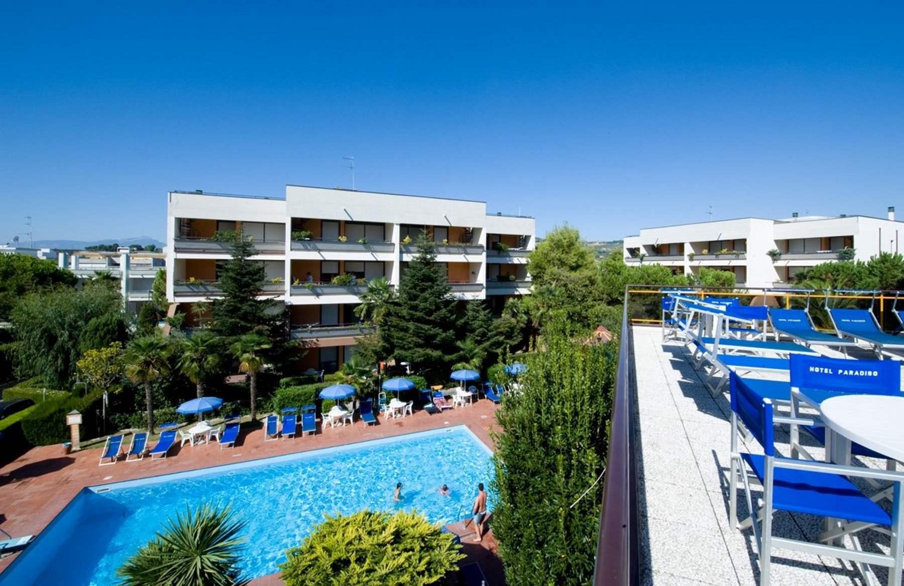 Residence hotel paradiso hotel e residence per famiglie - Hotel con piscina abruzzo ...