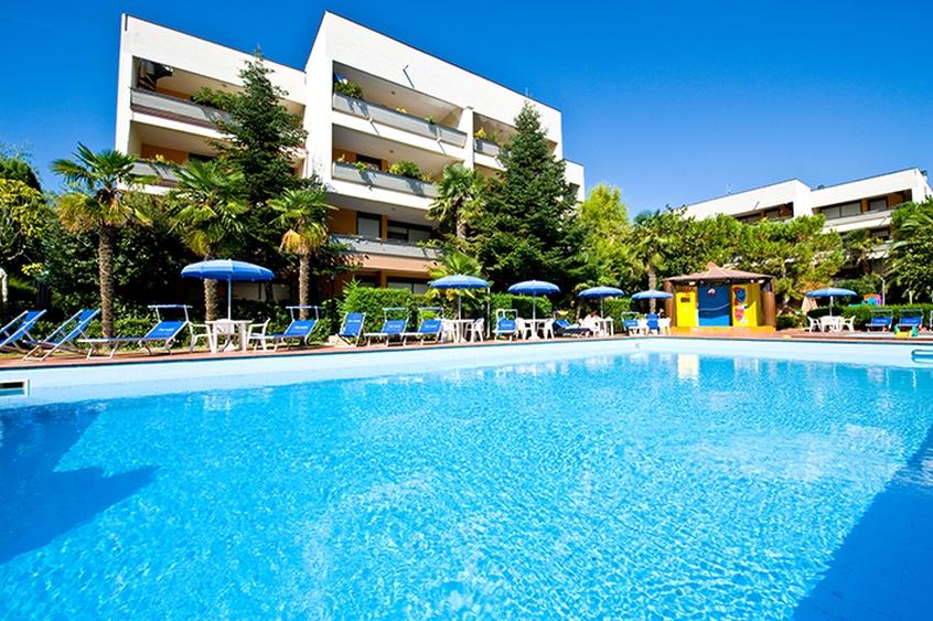 Residence hotel paradiso hotel per bambini al mare in for Hotel paradiso milano