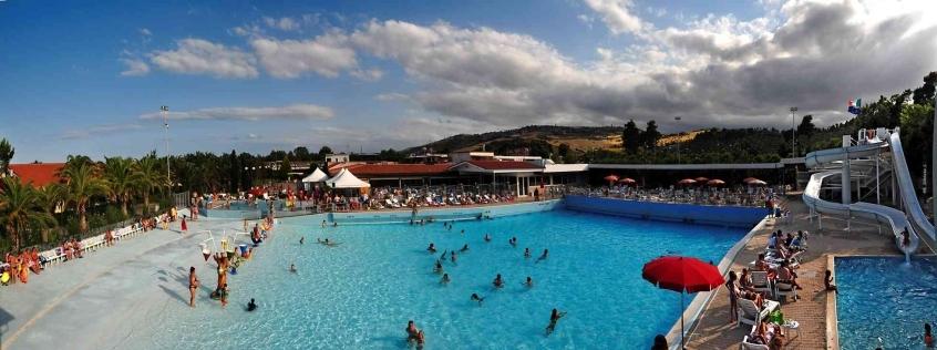 Villaggio lido d 39 abruzzo villaggio per bambini al mare a - Hotel con piscina abruzzo ...