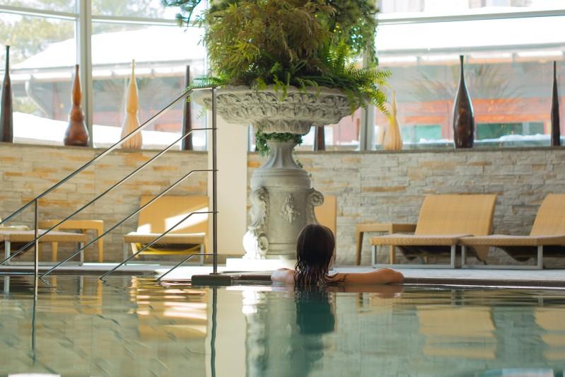 Vacanza sulle dolomiti in famiglia hotel monzoni - Hotel in montagna con piscina ...