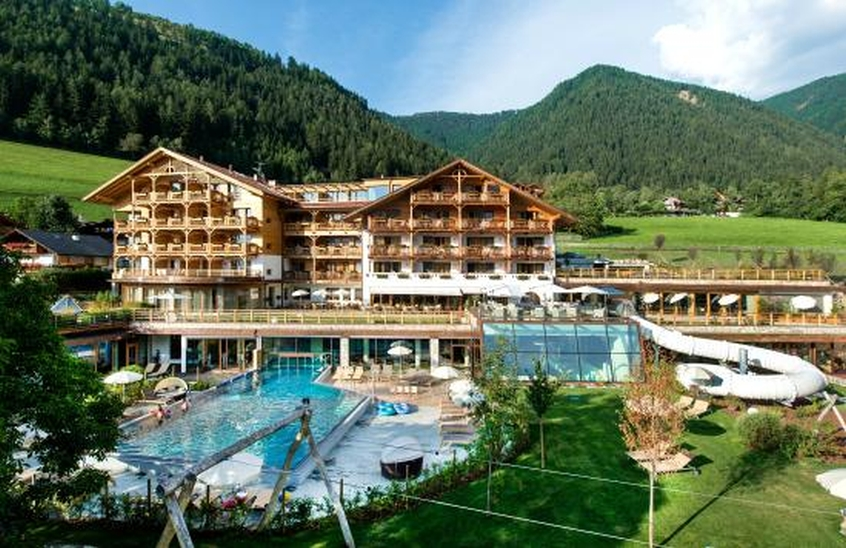 Family hotel sonnwies hotel per bambini in montagna a - Hotel montagna piscina bambini ...
