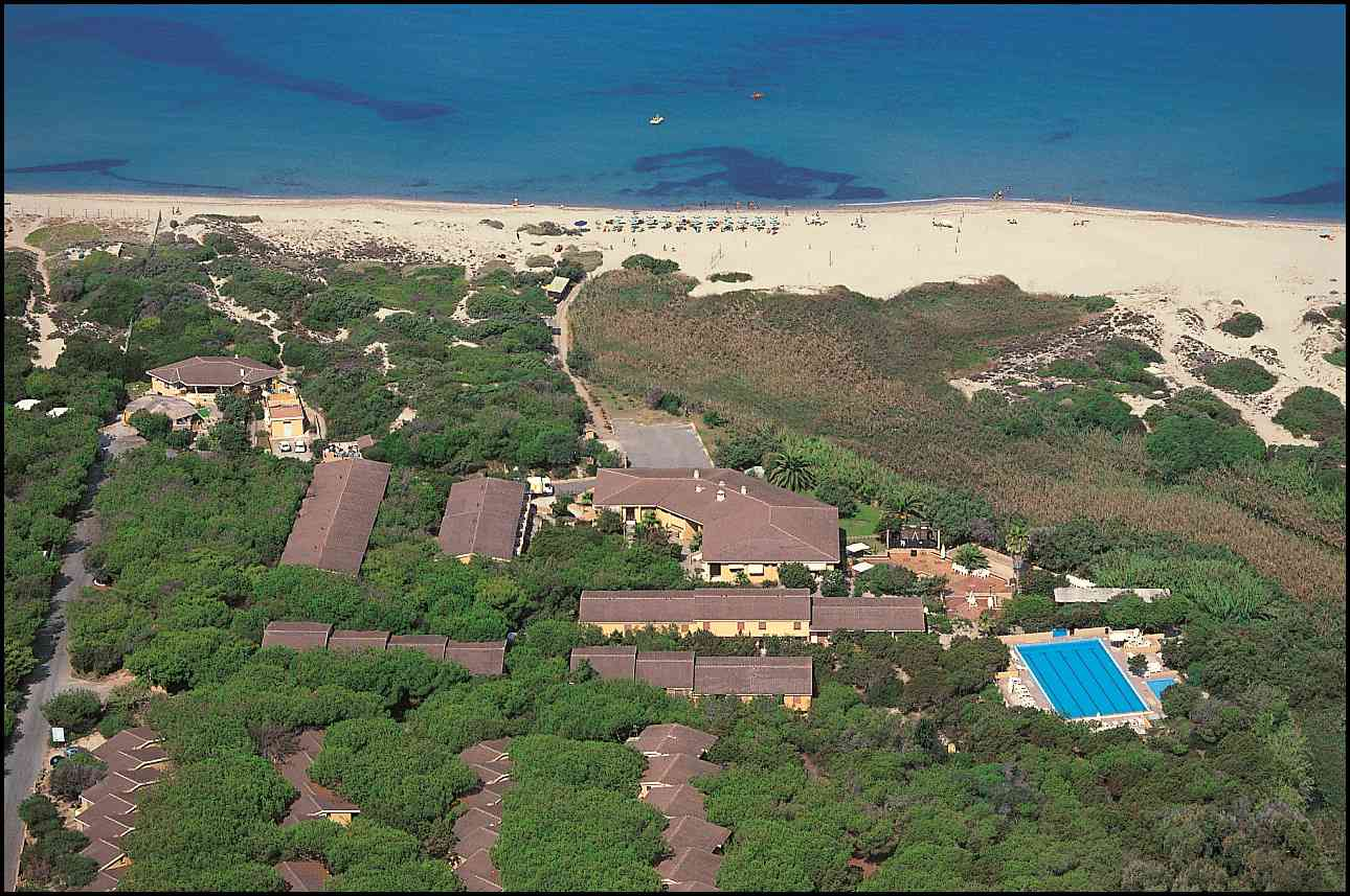 Club hotel residence baiaverde hotel per bambini al mare for B b budoni al mare