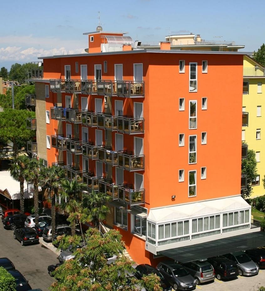 Hotel torino hotel per bambini al mare a jesolo lido - Hotel jesolo 3 stelle con piscina pensione completa ...