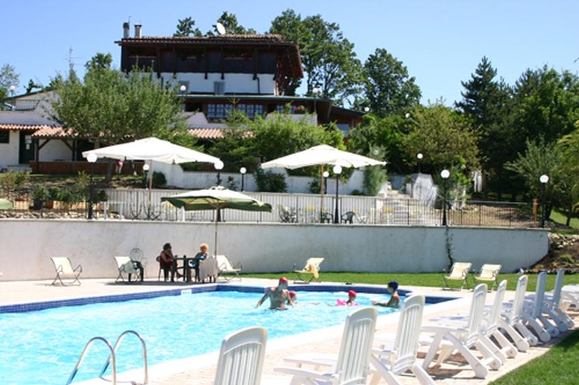 Casale Del Colonnello Hotel Per Bambini In Montagna In