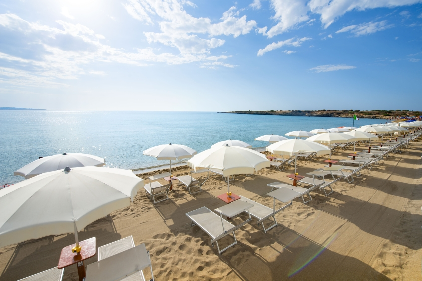 Voi arenella resort resort per bambini sul mare in for Siracusa beach hotel