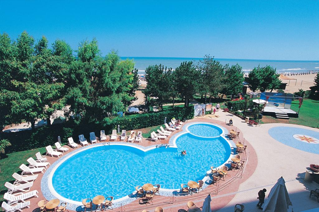 Hotel hermitage hotel per bambini al mare in abruzzo - Hotel con piscina abruzzo ...
