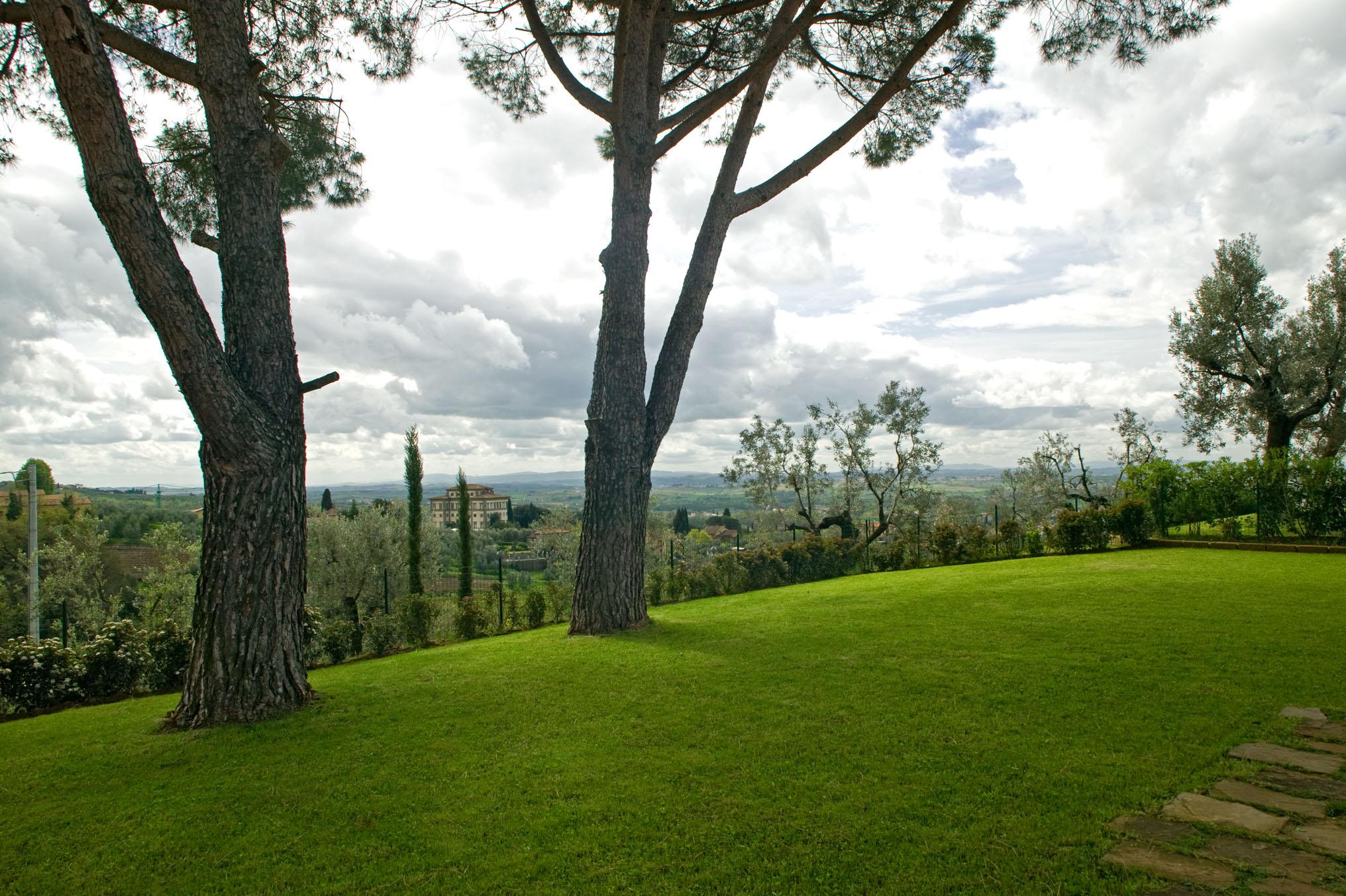 L'Agriturismo Borgo Casorelle è immerso nel verde della Toscana - Agriturismo in Toscana per bambini