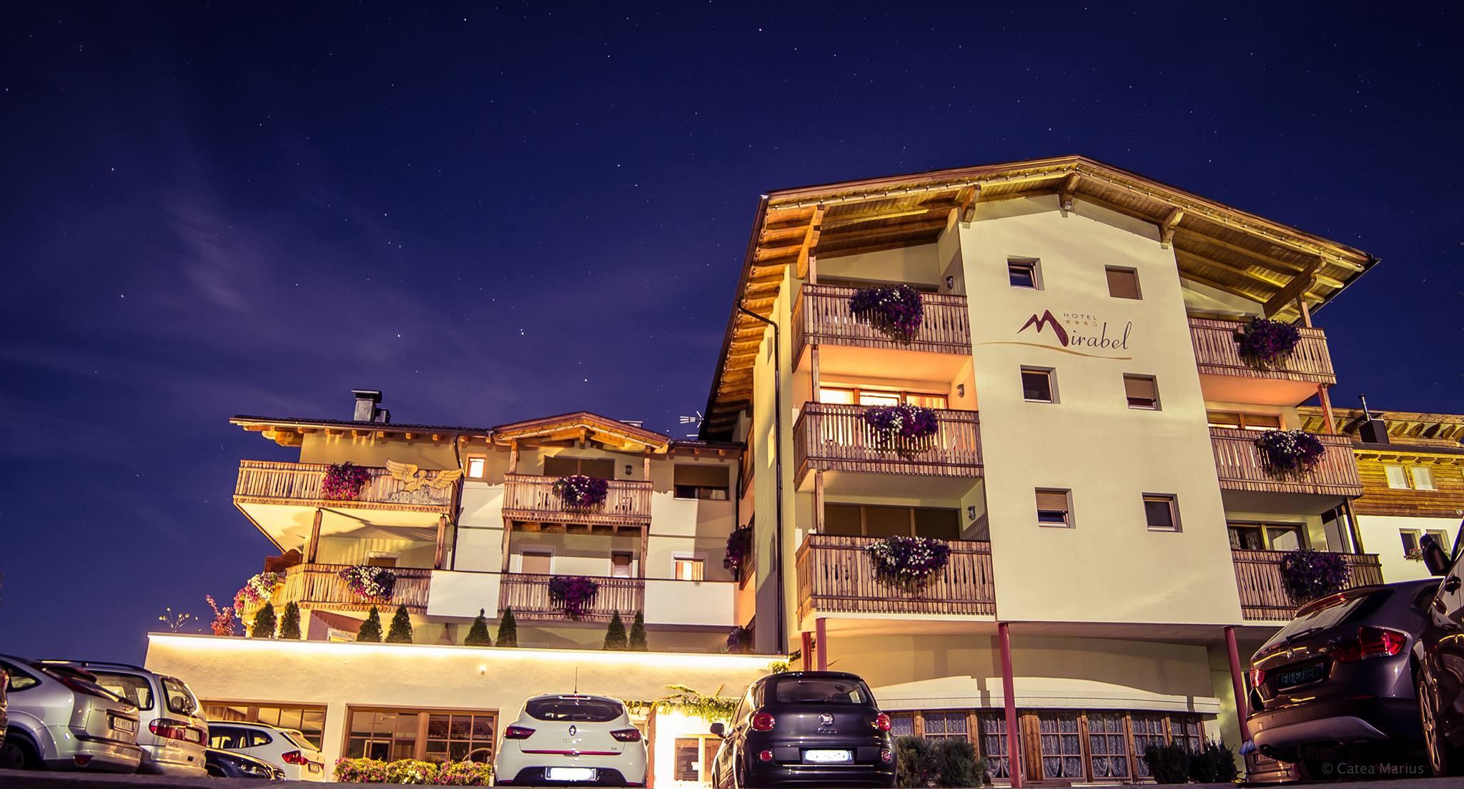 Hotel mirabel hotel per bambini in montagna in trentino for Hotel per bambini trentino