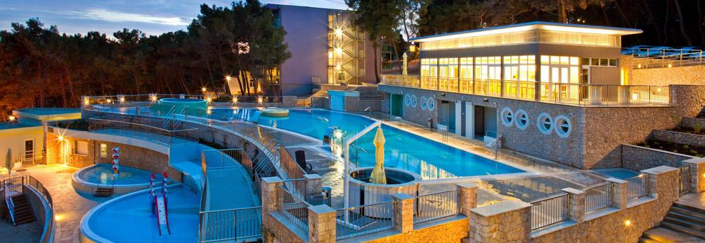 Family Hotel Vespera Family Hotel  Its4kids. Mori. Le Mareuil. Torwood House. Aqua Vista Resort. Sabi River Sun Lifestyle Resort. Costa Lanta Hotel. De Vere Hotel Dunston Hall. Pousada Resort 7 Belo