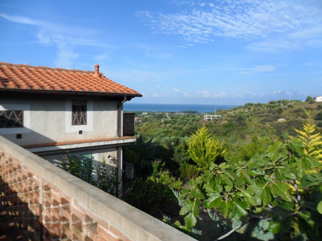 Villaggio turistico elea villaggio per bambini al mare a - Riscaldare casa gratis ...