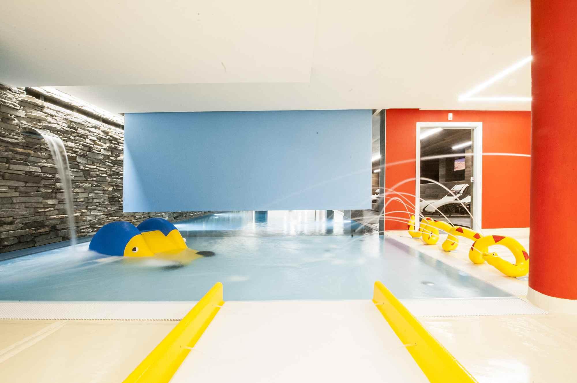 Estate a livigno per famiglie numerose hotel touring - Livigno hotel con piscina ...