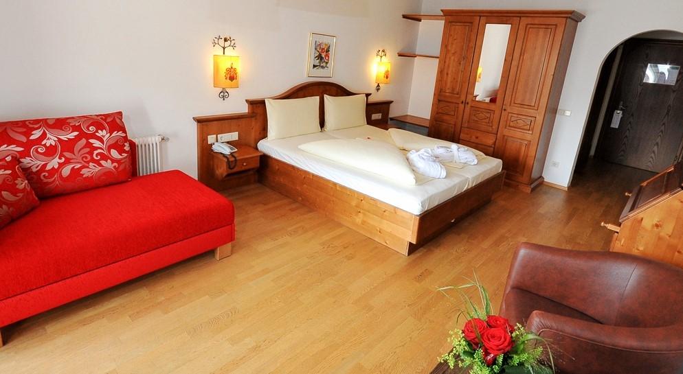 Hotel schloss rosenegg hotel per bambini in montagna a - Divano letto hotel ...