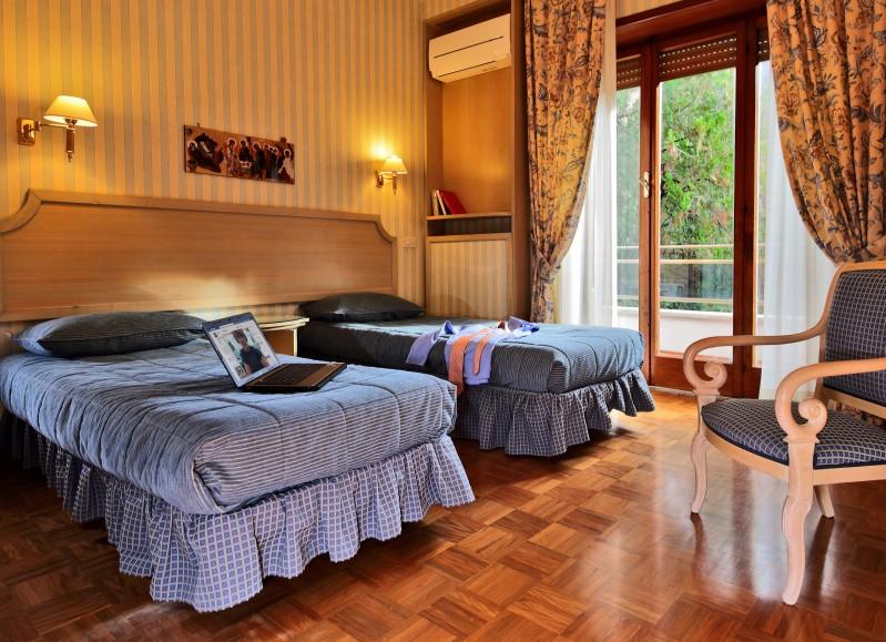 appartamenti aurelia residence - camera da letto per bambini