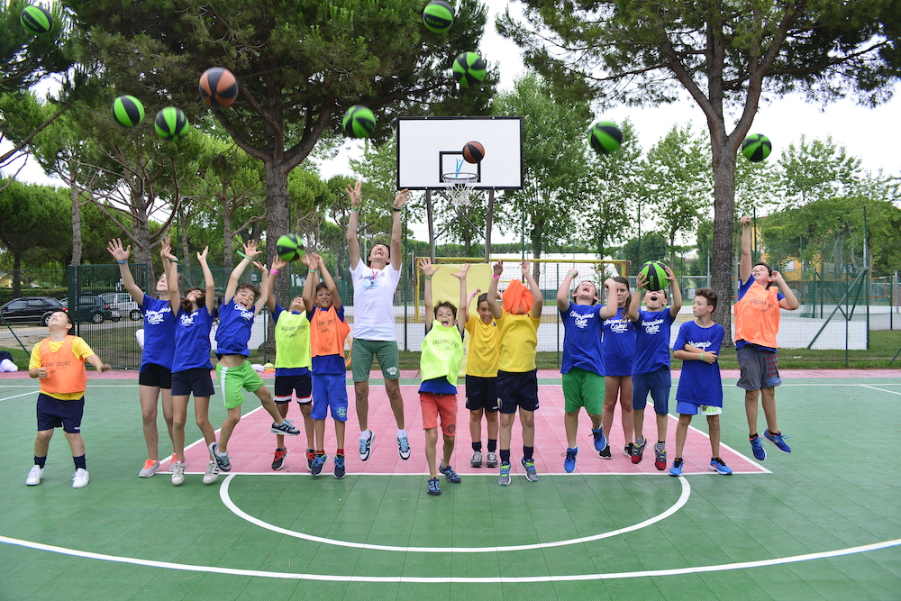 ENGLISH & SPORTS sUMMER CAMP  vacanza per bambini